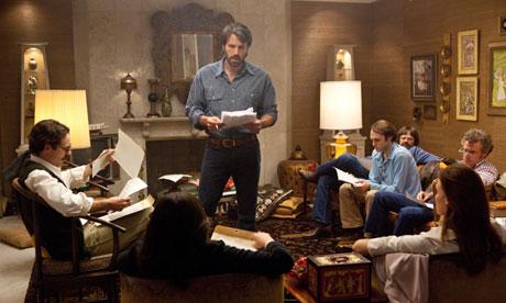 Ben Affleck dirige Argo.