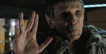 "Muere Leonard Nimoy. Imagen de Spock en ""Star Trek""."