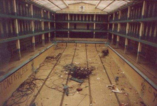 piscina molitor cuibierta abandonada
