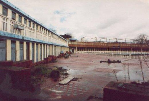 piscina molitor abandonada parís