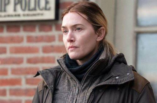 kate Winslet mare of eastttown