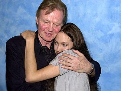 Angelina Jolie e il padre John Voight