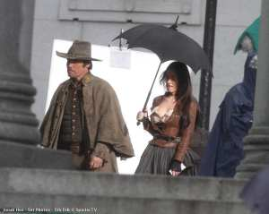 "Josh Brolin e Megan Fox sul set di ""Jonah Hex"""
