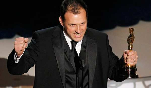 Mauro Fiore durante la premiazione degli Oscar