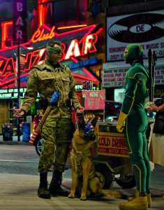 Jim Carrey e Aaron Johnson nella prima immagine ufficiale di Kick-Ass 2: Balls to the Wall