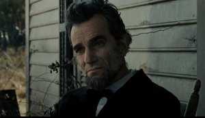 Daniel Day-Lewis è Abraham Lincoln nel film di Spielberg