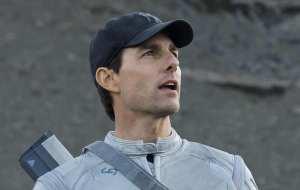 Tom Cruise è il protagonista del fantascientifico Oblivion di Joseph Kosinski
