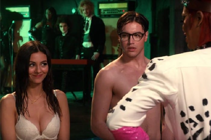 the-rocky-horror-picture-show-lets-do-the-time-warp-again_3