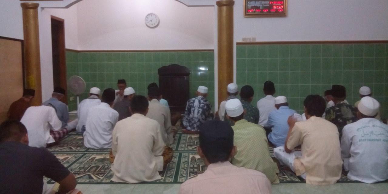 MALAM NISFU SYA'BAN, JAMA'AH MASJID BAETURROKHIM BACA SURAT YASIN