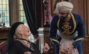 Victoria and Abdul - Confident Royal