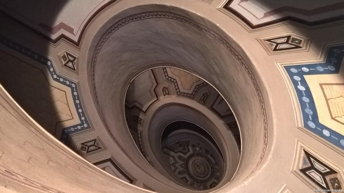 Vignola, il Palazzo Barozzi e la sua scala a chiocciola