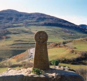 Monumento in memoria dei duecento catari bruciati durante l'assedio di Montségur (1244)