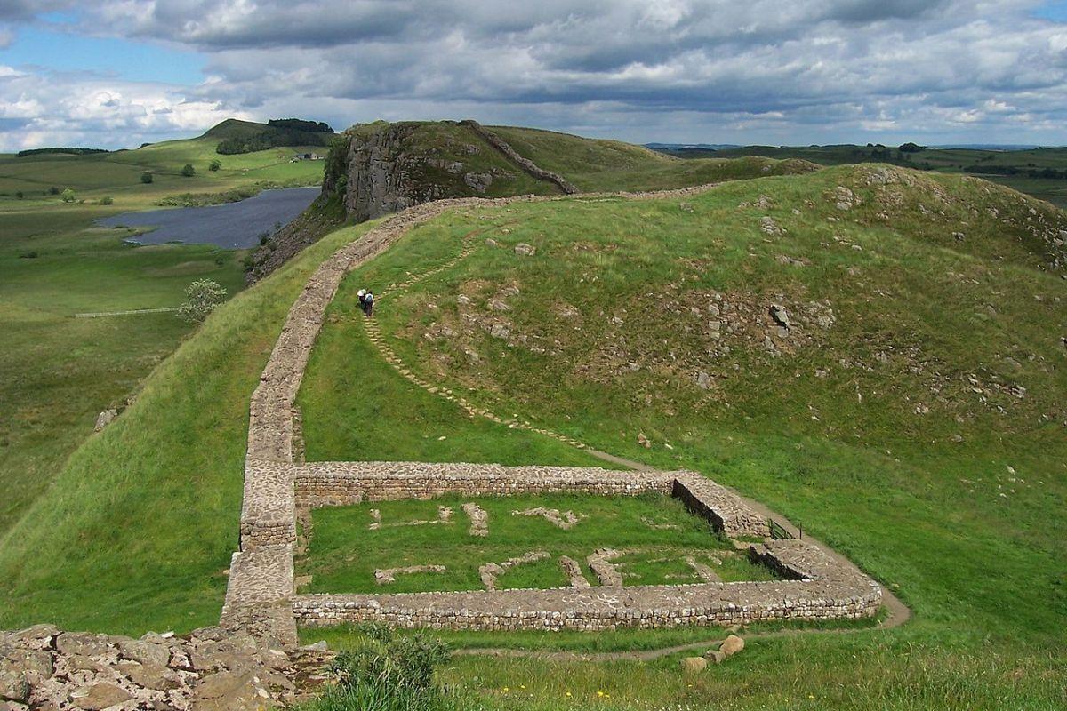Storia del Vallo di Adriano, l'antica muraglia romana in Britannia