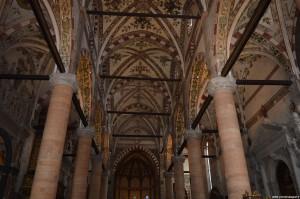 Verona, Basilica di Sant'Anastasia, interno