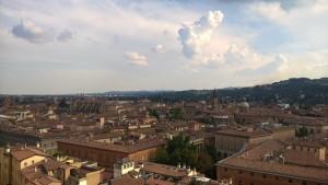 Bologna, vista dalla terrazza panoramica della Basilica San Petronio