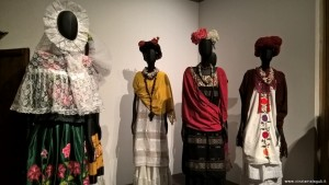 Frida Kahlo, abiti in mostra Bologna
