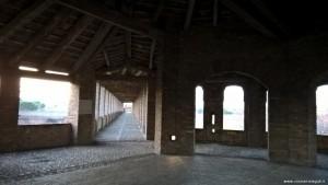 Imola, Rocca Sforzesca, camminamento di ronda visto da una torre circolare