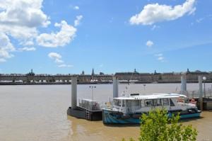 Bordeaux, panoramica sul lungofiume