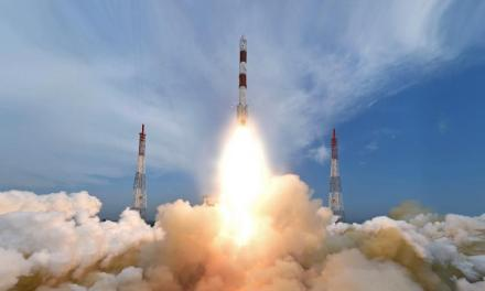 India Launches record BREAKING 104 satellites in one mission.