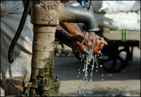 Indian Cities Face Sanitation Challenge