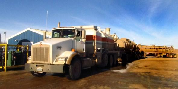North Dakota water energy shale oil fracking