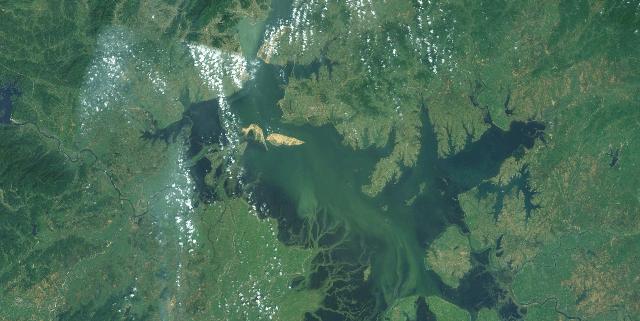 NASA Satellite image of Lake Poyang