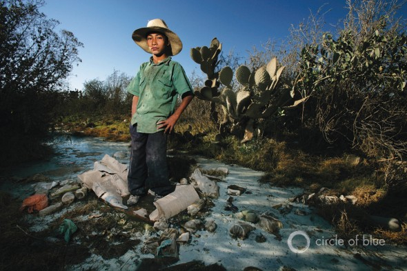 San Marcos Tlacoyalco Mexico Brent Stirton water drought Tehuacan sewage pollution garbage