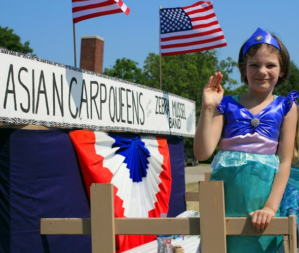 frankfort michigan small town 4th fourth of july parade asian carp queen zebra mussel band most beautiful place in america sleeping bear dunes
