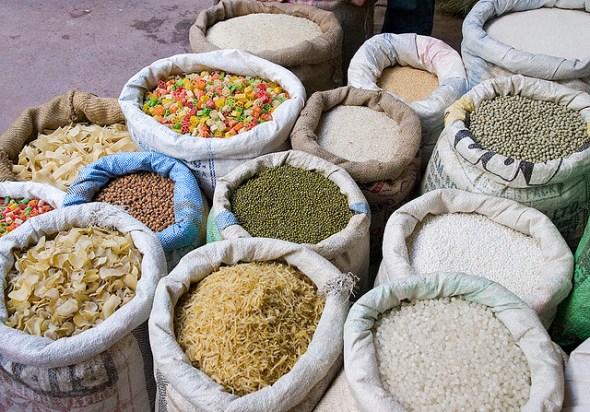 India food inflation grain market lentil pea corn rice