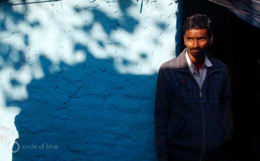 india delhi slum squatter village vasant kunj b5 shack rice wheat grain subsidy ration choke point circle of blue wilson center aubrey ann parker