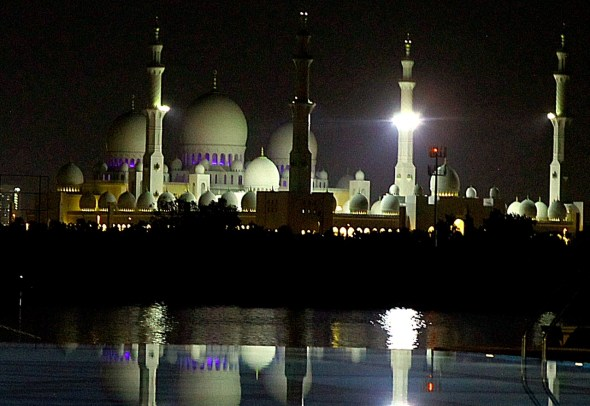 The Sheik Zayed Grand Mosque in Abu Dhabi, completed in 2007, is large enough to hold 40,000 worshippers.