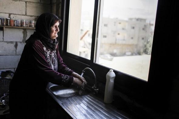 Syria civil war refugee camp Bekaa Valley Lebanon water NRC Sam Tarling European Commission ECHO