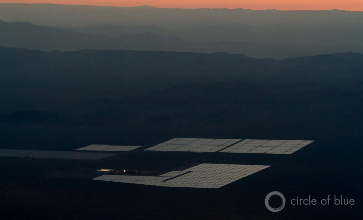 Renewable sources of electricity, like this photovoltaic solar plant in Nevada, use little water and are not nearly as disrupted by water scarcity as conventional fossil fuel or nuclear plants. Photo © J. Carl Ganter / Circle of Blue