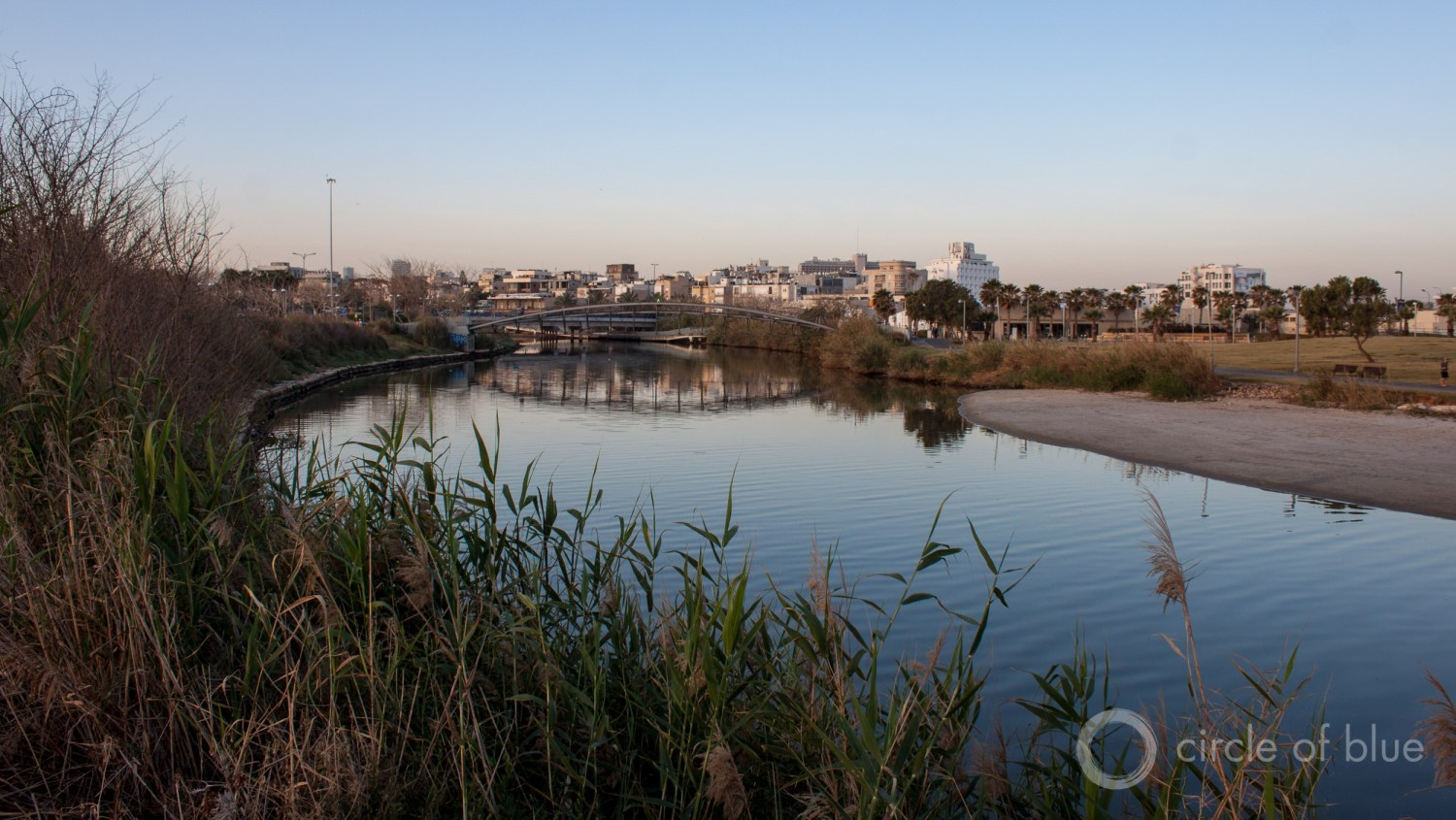 The Yarkon River, a restoration focus in recent years, flows through Tel Aviv. Photo © Brett Walton / Circle of Blue