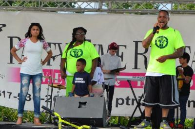 On Stage 2015 Youth Against Violence peace Festival