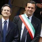 Napoli caput mundi … con Caldoro e la bandana!