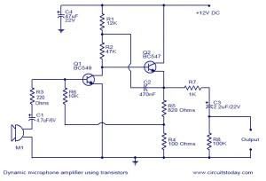 Dynamic microphone amplifier using transistors