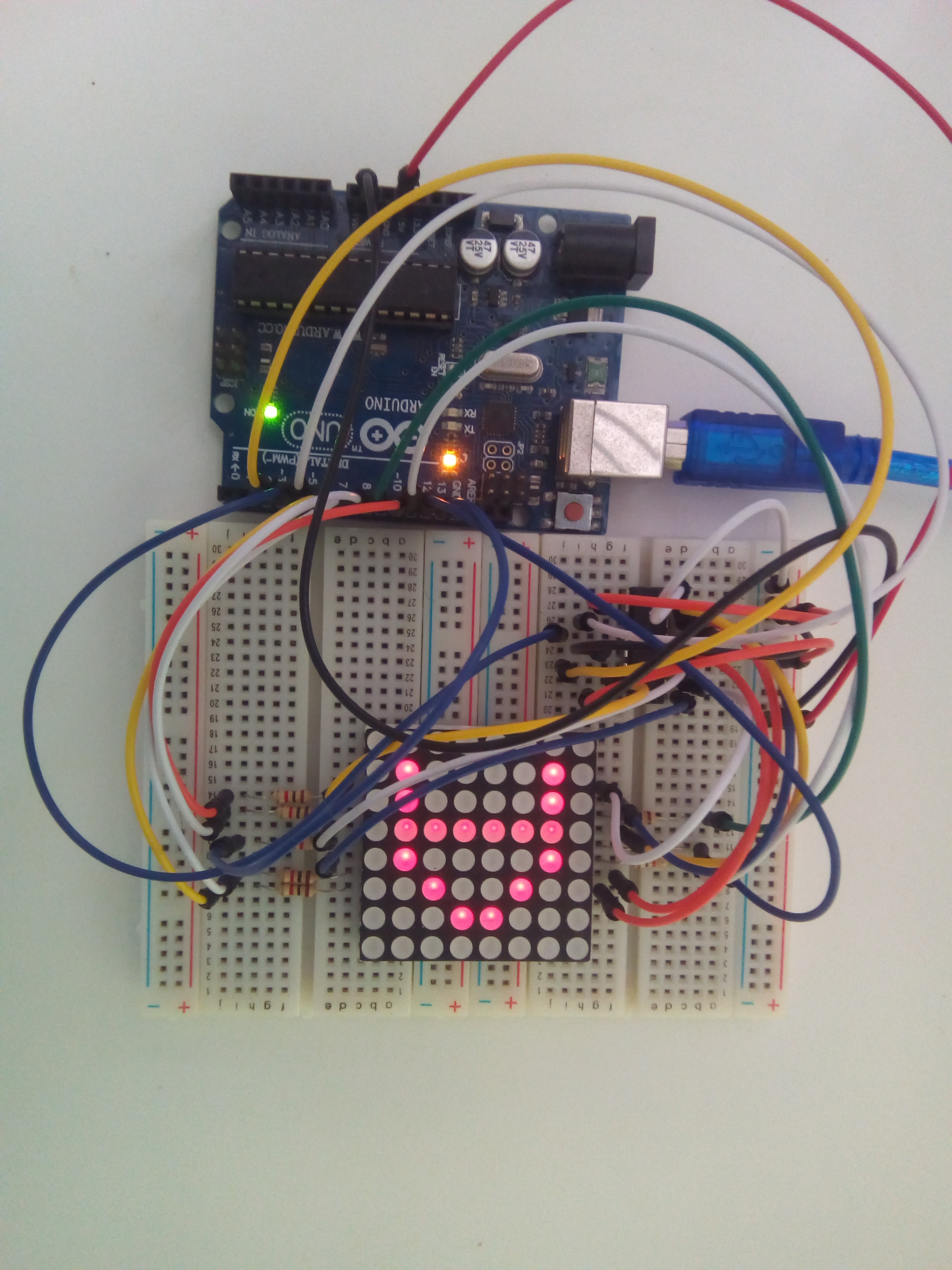 8x8 led matrix interface with arduino breadboard circuit