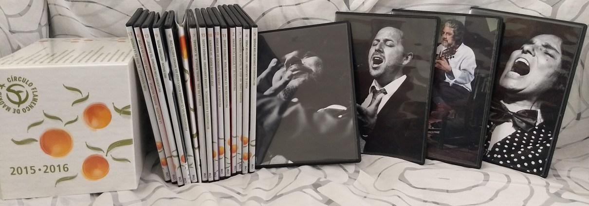 Foto de la colección de CDs y vídeos de la tercera temporada (2015-2016) del Círculo Flamenco de Madrid, tomada por Francisco Velasco Zapata