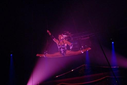 L'anneliste Rosita Gasser - photo François Dehurtevent - Encyclopédie du Cirque