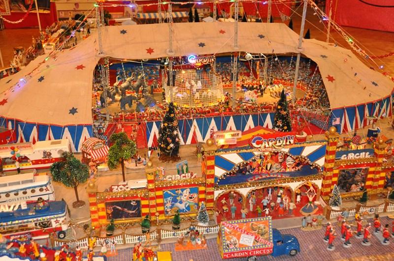 Maquette du Cardin Circus - Expositions et Maquettes