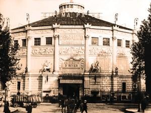Façade en 1907 - Cirque d'Hiver Franconi