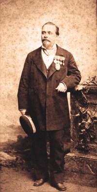 Antoine Plège directeur