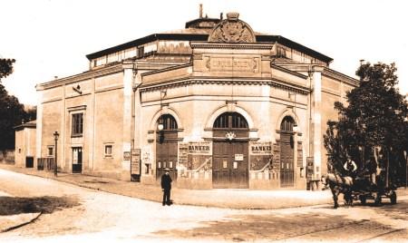 La façade du Cirque de Rouen