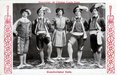 Les frères Knie acrobates - CPA