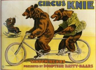 Les ours cyclistes de Batty - quatre frères Knie