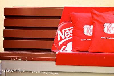 Nestle red
