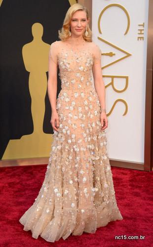 Imagem: E Online Cate Blanchett usou um Giorgio Armani