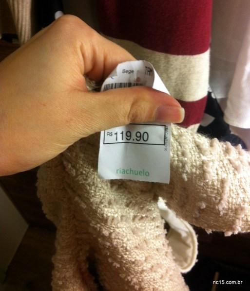 detalhe do preço do vestido tipo tweed da Riachuelo por apenas 119,90