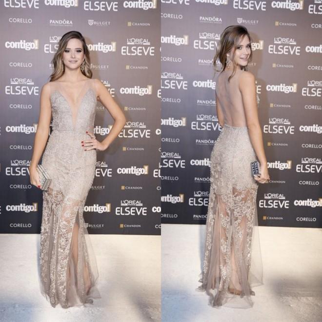Juliana Paiva foi linda e sexy de longo Vivaz